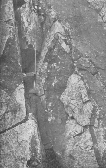 The Middle pitch on the north side of the Alasdair-Dubh Gap
