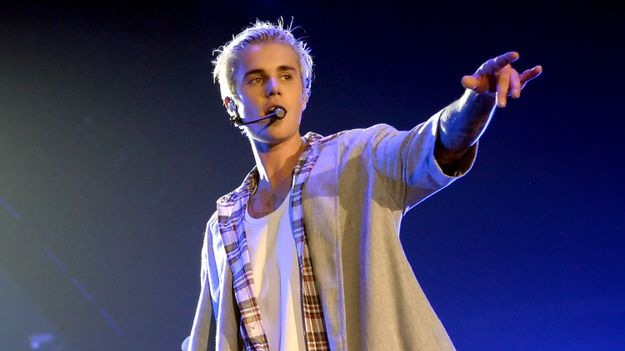 Was Justin Bieber Channeling Kurt Cobain At His Seattle Concert?
