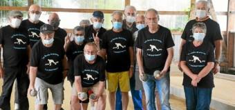 Locmariaquer(56): Les boulistes sont heureux de se retrouver