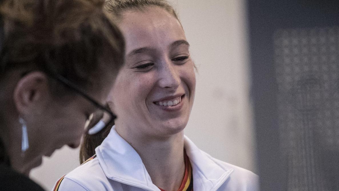A deux semaines des Mondiaux de Montréal, Nina Derwael est une gymnaste confiante. BELGA.