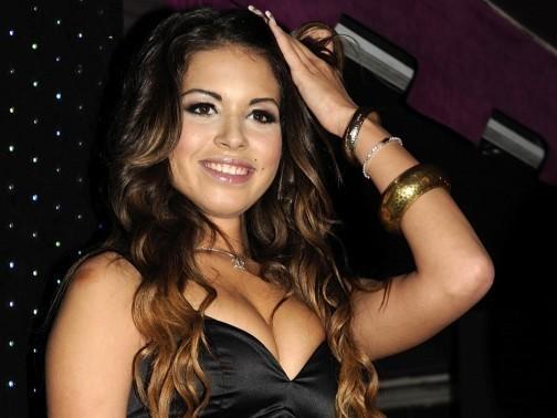 """Karima El Mahroug, alias """"Ruby"""", est à l'origine de la tempête qui secoue Silvio Berlusconi depuis plusieurs mois. Le président du Conseil est soupçonné d'avoir eu des relations sexuelles tarifées avec la danseuse, alors que cette dernière avait 17 ans."""