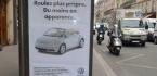 De fausses publicités dans Paris pour épingler les sponsors de la COP 21
