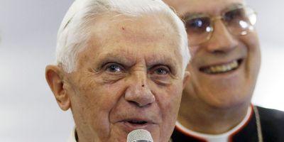 Et si les fuites au Vatican visaient le secrétaire d'Etat du pape?