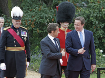 (Cameron/Sarkozy - The Prime Minister's Office - flickr CC)