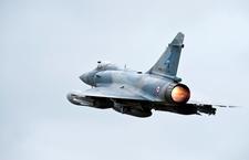 Libye : début des opérations aériennes françaises (7)