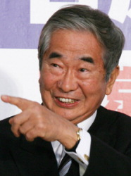 Shintaro Ishihara in April 2007, after being re-elected to his third term as Tokyo governor. (Mainichi)