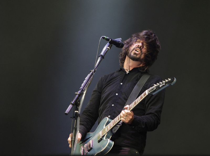 Dave Grohl… rich guy, courtesy Getty Images.