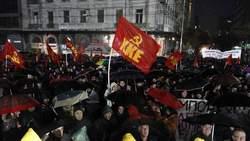 La Grèce en grève, les négociations continuent