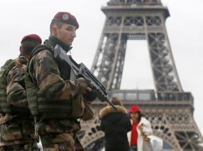 Sécurité draconienne pour une manifestation historique à Paris