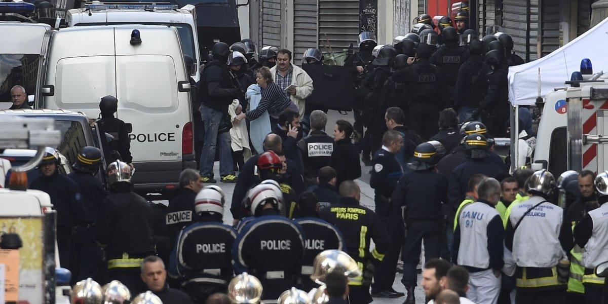 Assaut à Saint-Denis : deux morts, peut-être trois, sept interpellations