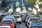 """""""Ceux qui désirent supprimer la voiture de société font fausse route"""""""