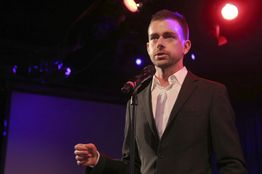 Twitter Doles Out Cash and Stock to Stanch Brain Drain