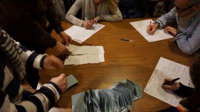 Le journal La Tribune de Genève se prépare au premier tour de l'élection présidentielle