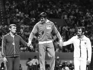 Four years after his brother, Ben, won gold, John Peterson won gold himself in 1976.