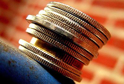 Money makes the world go round ©Linus Bohman / Flickr