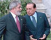 Il premier italiano, Silvio Berlusconi, con il presidente brasiliano, Ignacio Lula Da Silva (Graffiti)