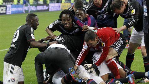 Les Lyonnais après au coup de sifflet final.