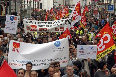 Le cortège emmené par la CGT à Marseille, le 1er mai 2013. Les manifestants étaient entre 3000 et 10.000, selon les sources.