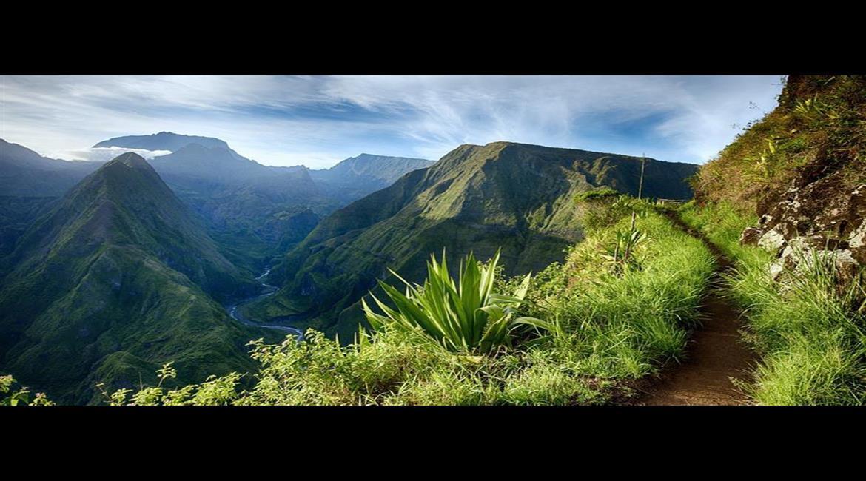 VOYAGE FÉDÉRAL : En route pour La Réunion