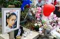 Le 15 février 2018, à Pont-de-Beauvoisin, en Isère, devant la salle des fêtes où avait disparu Maëlys dans la nuit du 26 au 27 août 2017.