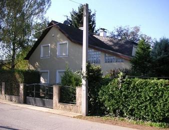 La demeure de Prikopl, où fut enfermée pendant plus de 8 ans Natascha Kampusch