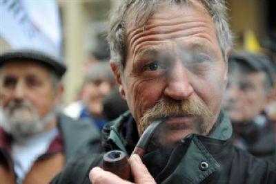 """José Bové, ici à Paris en janvier 2008, estime que l'arrivée de Claude Allègre au gouvernement """"serait un très mauvais signe pour l'écologie""""."""