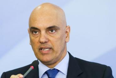 Moraes pede vista em julgamento sobre decretos das armas |