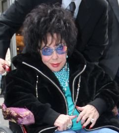 House hunting: Liz Taylor is looking for a new home in this country