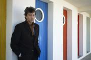 Alain Bashung sur le tournage du téléfilm« Jusqu'àce que le jour se lève», de Bernard Villiot, en 1990.