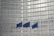 Devant le siège de la Commission européenne à Bruxelles, le 25 mars 2021.