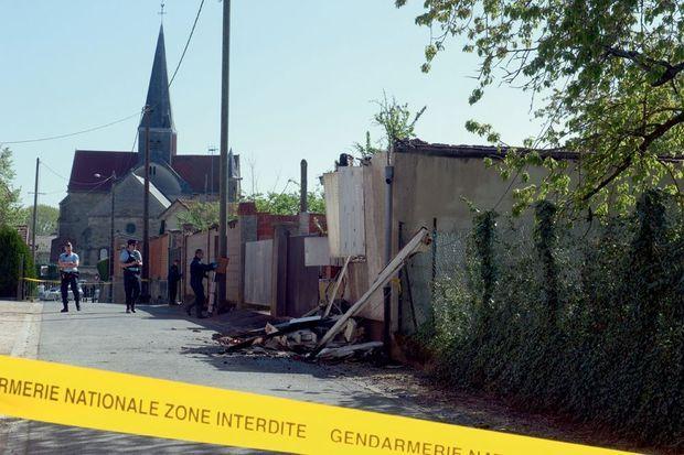 La salle de prière que fréquentaient la sœur et le beau-frère de Sid Ahmed Ghlam à Pargny-sur-Saulx (Marne), ravagée par un incendie le jeudi 23 avril.