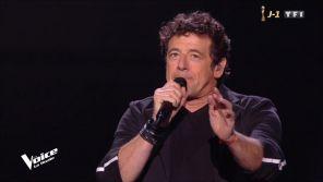 """""""The Voice"""" : Patrick Bruel s'emmêle les pinceaux sur la chanson """"Alors regarde"""""""