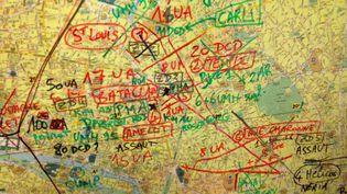 Carte des 10e et 11e arrondissements de Paris établie en salle de crise du Samu, lanuit des attentats du 13-Novembre. (NICOLAS POIROT)