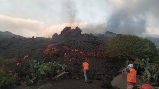 L'avancée des coulées de lave du volcan Cumbre Vieja sur l'île de La Palma (Canaries) le 21 septembre 2021 (INVOLCAN HANDOUT / MAXPPP)