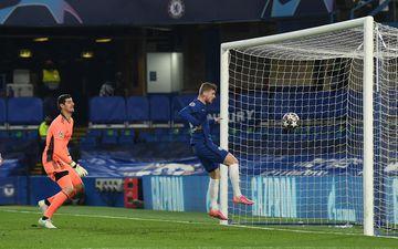L'attaquant allemand de Chelsea Timo Werner a ouvert le score de la tête. (Photo by Glyn KIRK / AFP)