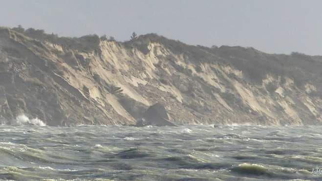 Baie d'Authie : un blockhaus tombe à l'eau à cause des vents violents