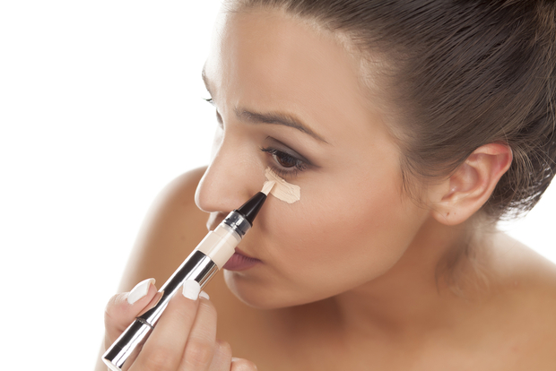 Best Concealer For Acne Scars and Blemishes