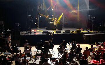 L'an dernier au Printemps de Bourges, seule la scène consacrée aux jeunes talents avait été ouverte à un public composé uniquement de professionnels de la musique. LP/Jean-Baptiste Quentin
