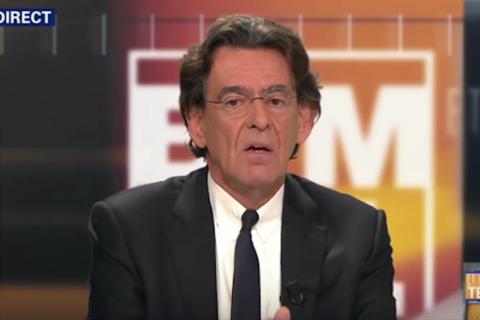 """Luc Ferry met les difficultés scolaires françaises sur le dos des """"quartiers pourris""""."""
